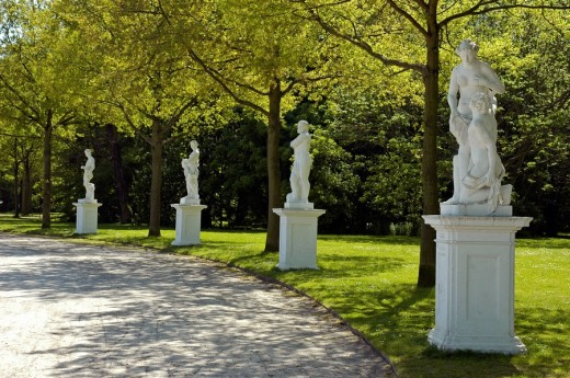 Stock Photo: 1848R-305161 Sculptures in the orangerie, kassel