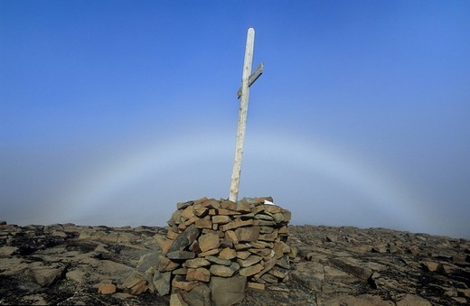 Stock Photo: 1848R-311713 Fog bow, grave , Spitsbergen, Svalbard, Arctic, Norway