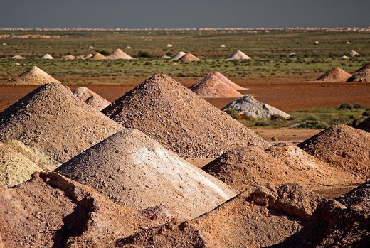 Opal mines in Coober Pedy, South Australia, Australia : Stock Photo