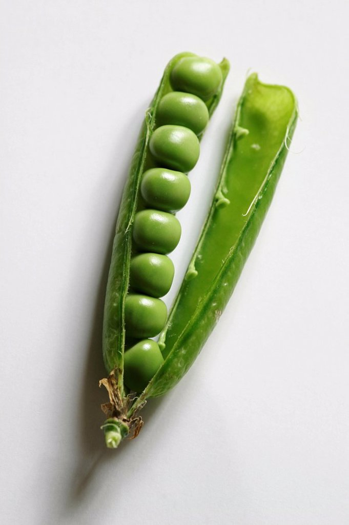 Blows peas : Stock Photo