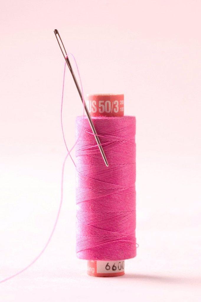 Twine with needle : Stock Photo