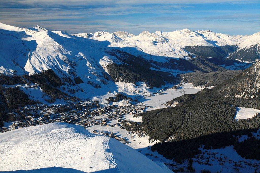 Stock Photo: 1848R-318838 View towards Davos, Davos Lake and Praettigau Valley as seen from Jakobshorn Mountain, Graubuenden, Switzerland