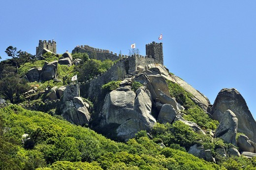 Castle ruin Castelo dos Mouros in Sintra near Lisbon, part of the Cultural Landscape of Sintra, UNESCO World Heritage Site, Portugal, Europe : Stock Photo