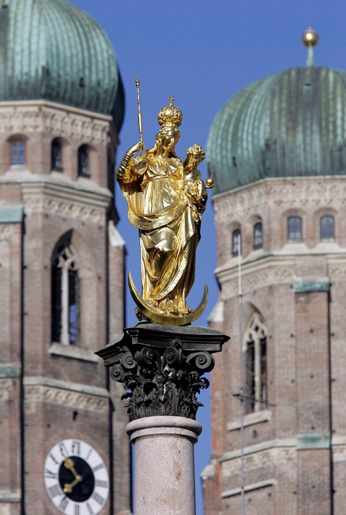 Stock Photo: 1848R-321365 Munich, GER, 18  Oct  2005 - Mariensaeule on Marienplatz in Munich city centre  In the background the steeples of Frauenkirche