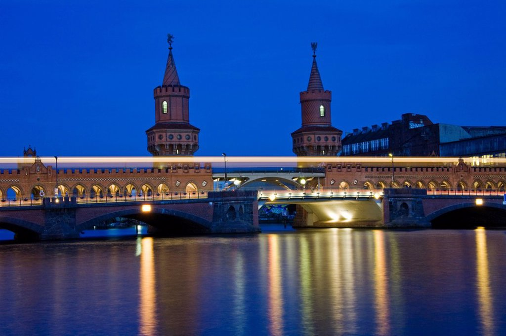 Stock Photo: 1848R-327004 Oberbaum bridge, Kreuzberg, Friedrichshain, Spree, Berlin, Germany, Europe
