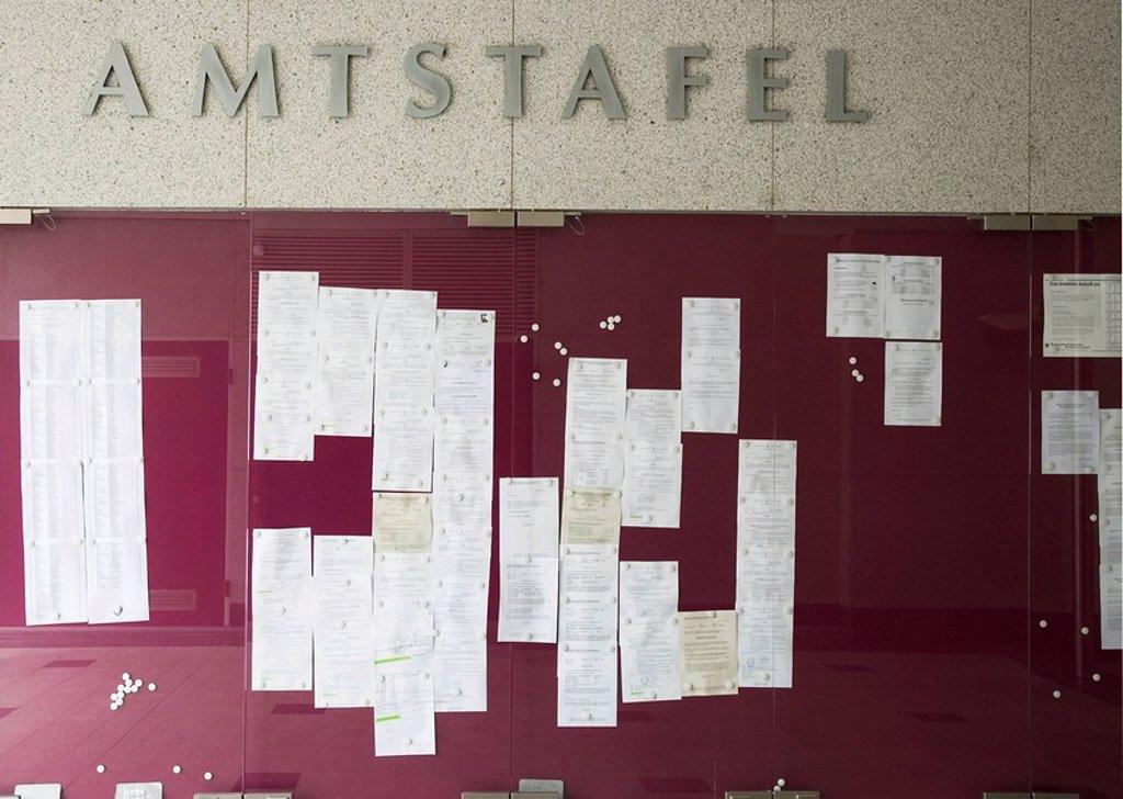 Amtstafel public notices in Klosterneuburg near Vienna : Stock Photo