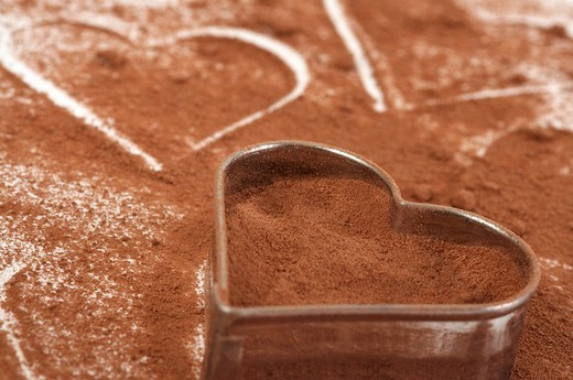 Stock Photo: 1848R-330194 Heart of chocolate