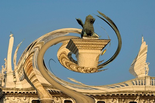 Lion´s pillar on San Marco square Venice Italy artistic presentation : Stock Photo