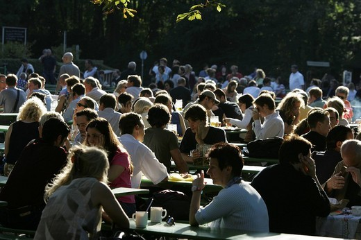 Stock Photo: 1848R-332442 Munich, DEU, 05  Oct  2005 - People join the autumn sun at the famous beer garden namend Chinesischer Turm in Munich