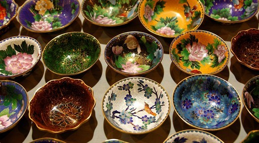 Bowls with traditional decoration, Cloisonné handicraft, China : Stock Photo
