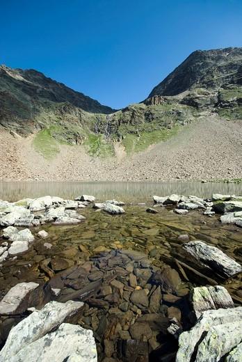 Lake Seekarsee above Gh  Fiegl, Windachtal, Oetztal Alps, Tyrol, Austria, Europe : Stock Photo