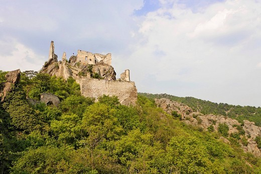 Stock Photo: 1848R-338495 Castle ruin where Richard Löwenherz was imprissioned, Dürnstein, Lower Austria, Austria