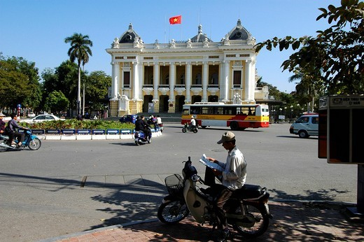 Stock Photo: 1848R-338756 Opera house Hanoi Vietnam