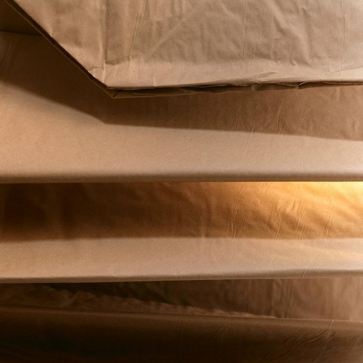 Stock Photo: 1848R-339971 Paper garbage bags