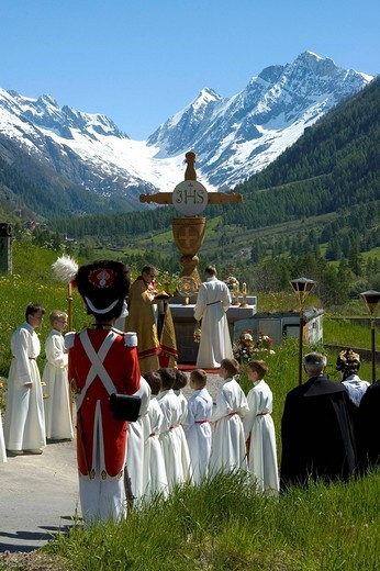 Corpus Christi procession open_air mass Wiler Valais Switzerland : Stock Photo