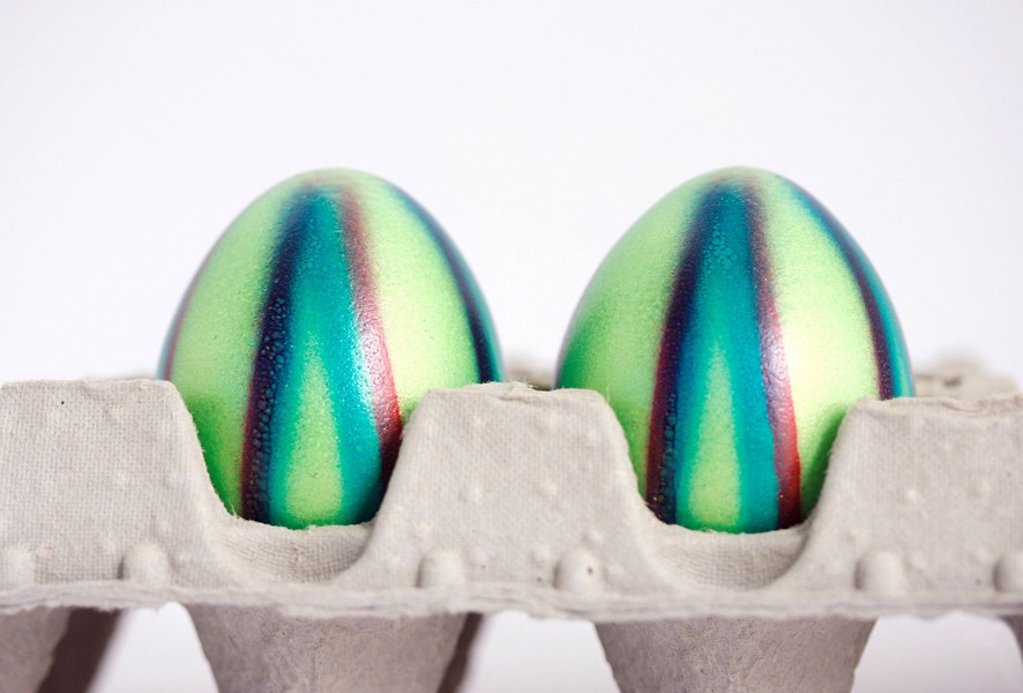 Stock Photo: 1848R-342565 Coloured eggs, Easter eggs, in an egg carton
