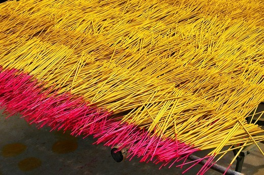 Stock Photo: 1848R-342608 Drying of incense sticks, Can Tho, Vietnam