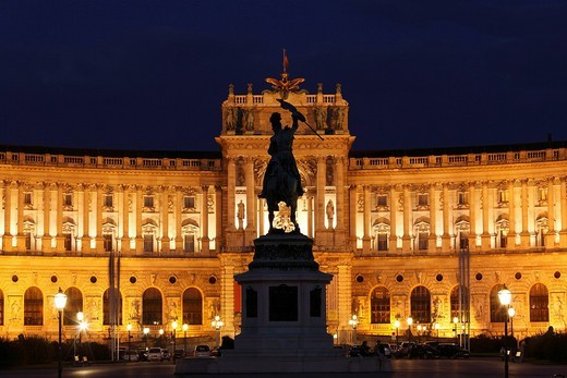 Hofburg Imperial Palace, Heldenplatz Heroes´ Square, equestrian statue of Archduke Karl, Vienna, Austria, Europe : Stock Photo