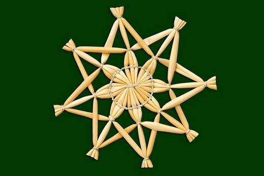 Stock Photo: 1848R-345788 Christmas star green background