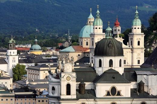 Kollegienkirche Church, cathedral and monastery Nonnberg, Glockenspiel left, Salzburg, Austria, Europe : Stock Photo