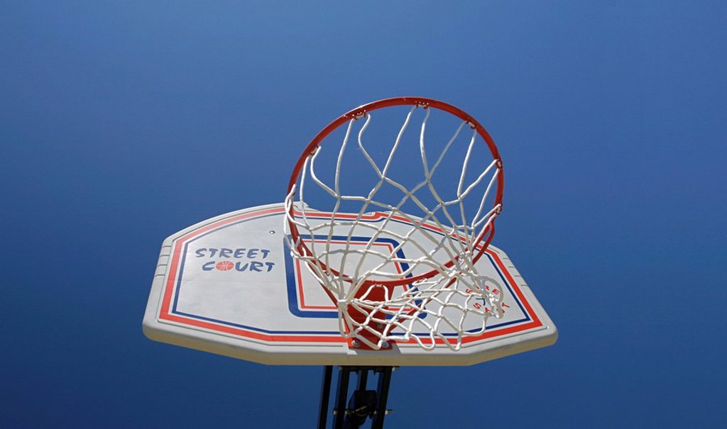 Stock Photo: 1848R-351350 Munich, GER, 19  Jun  2005 - Basketball basket