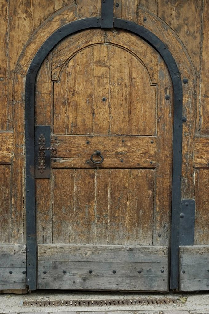 Old door in Klosterneuburg near Vienna : Stock Photo