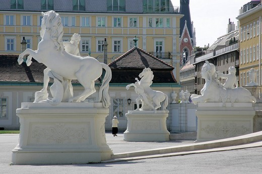 Stock Photo: 1848R-356284 Statues of horses and sphinx before the palace of the upper Belvedere Vienna Austria