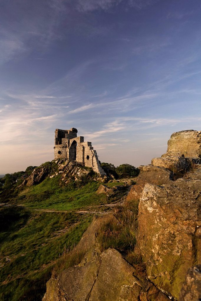 Mow Cop Castle in Cheshire, England : Stock Photo