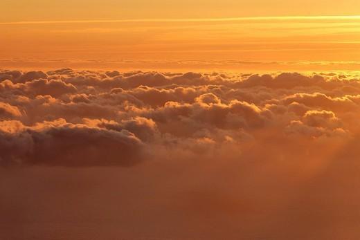 Stock Photo: 1848R-357418 Sunrise viewed from the mountain Achada do Teixeira 1592m, Madeira, Portugal
