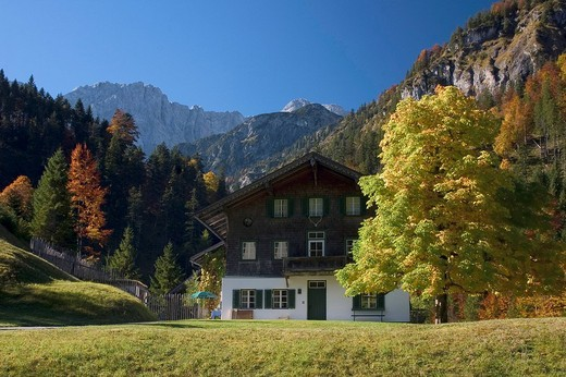 Forester´s lodge, Vorderriss, Tyrol, Austria, Europe : Stock Photo