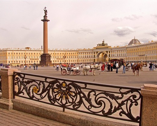 White Nights, GUS Russia St. Petersburg 300 years old Venice of the North Alexander Column Architect Auguste Montferrand built in 1834 with Horse Vehicle and Visitors and Tourists : Stock Photo