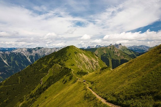 Hiking trail along a mountain ridge in the Eisenerz Alps seen from Reichenstein, Eisenerz, Styria, Austria, Europe : Stock Photo