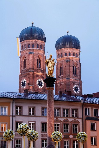 Mariensaeule, Marian Column, Frauenkirche, Cathedral of Our Blessed Lady, Marienplatz, Munich, Bavaria, Germany, Europe : Stock Photo