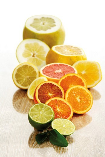 Stock Photo: 1848R-377500 Citrus fruits Citrus