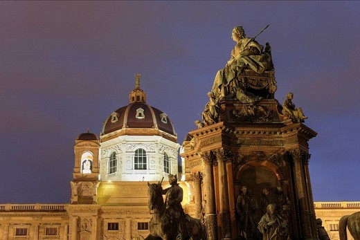 Stock Photo: 1848R-377763 Memorial to Maria-Theresia and Museum of Art History, Kunsthistorisches Museum, Maria-Theresien-Platz, Vienna, Austria, Europe