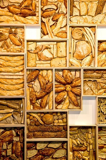 Stock Photo: 1848R-380936 Bread art on the wall