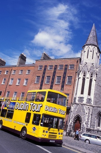 Bus in front of Dublin Writers Museum, sightseeing tour, Dublin, Ireland : Stock Photo