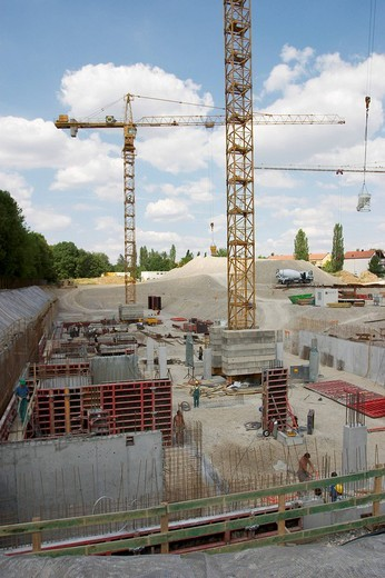 Building site with two cranes in München Johanneskirchen : Stock Photo