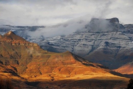 Landscape in the Natal Dragon Mountains at Mont-Aux-Sources, South Africa : Stock Photo