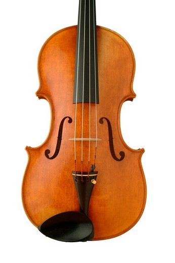 Stock Photo: 1848R-399323 Violins with strings, F-Holes, tailpiece and chinrest