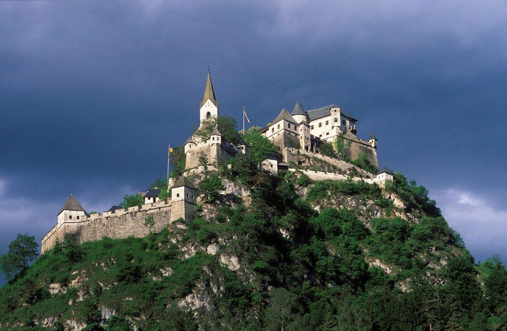 Hochosterwitz castle , Carinthia Austria : Stock Photo