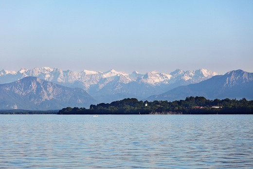 Starnberger See or Lake Starnberg and the Alps with Karwendelgebirge mountains, view from Tutzing, Fuenfseenland or Five Lakes region, Upper Bavaria, Bavaria, Germany, Europe : Stock Photo