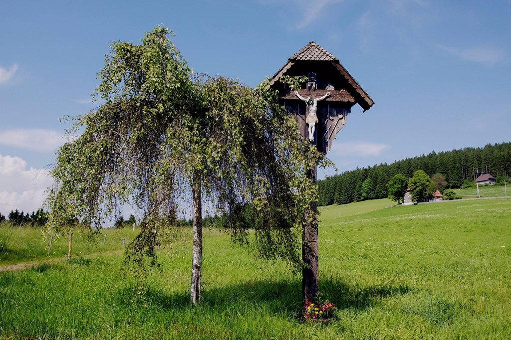 Wayside cross at Breitnau in the Black Forest, Baden_Wuerttemberg, Germany, Europe : Stock Photo