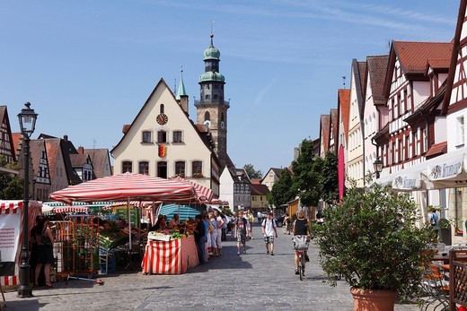 Stock Photo: 1848R-517629 Marktplatz Square, old town hall and parish church, Lauf an der Pegnitz, Franconia, Bavaria, Germany, Europe