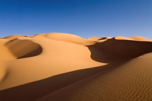 Sand dunes in the Libyan Desert, Sahara, Libya, North Africa, Africa : Stock Photo