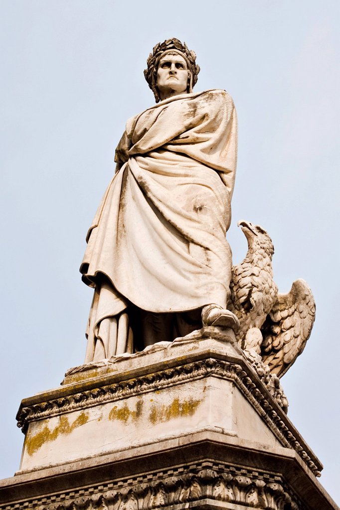 Stock Photo: 1848R-518231 Statue at the Plazza Santa Croce in Florence, Tuscany, Italy, Europe