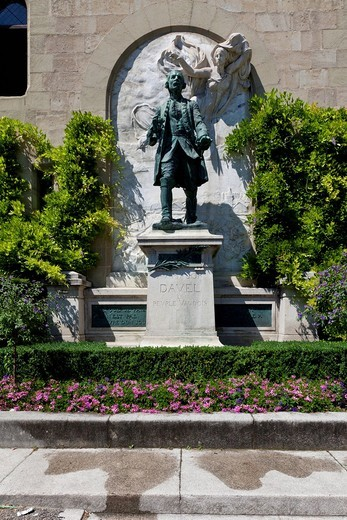 Stock Photo: 1848R-522094 Monument to Davel at Château Saint_Maire, Lausanne, canton of Vaud, Lake Geneva, Switzerland, Europe