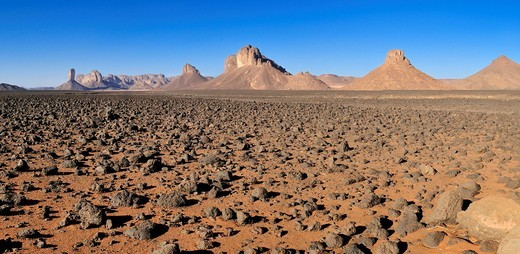 Stock Photo: 1848R-523310 Volcanic plain in front of Tassili n´Ajjer National Park, Unesco World Heritage Site, Wilaya Illizi, Algeria, Sahara, North Africa