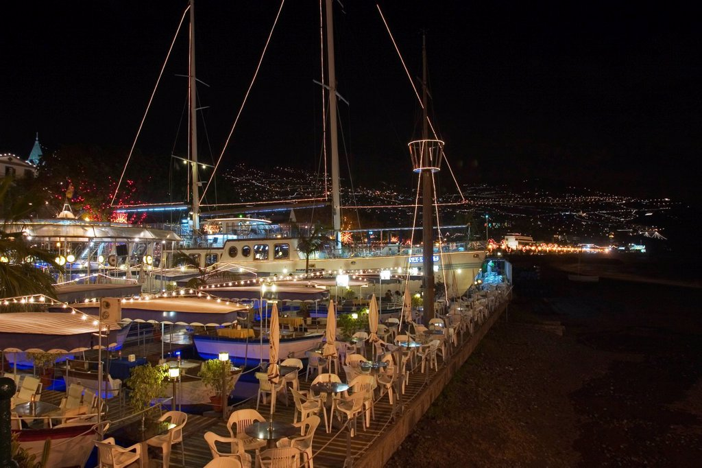 Stock Photo: 1848R-524117 Ex Beatles Yacht Vagrant _ Restaurant in Funchal _ Madeira
