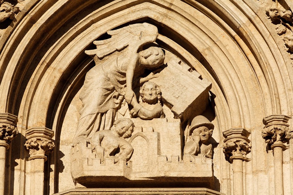 Stock Photo: 1848R-525192 Tympanum relief at southern west portal of St. Peter cathedral, Regensburg, Upper Palatinate, Bavaria, Germany